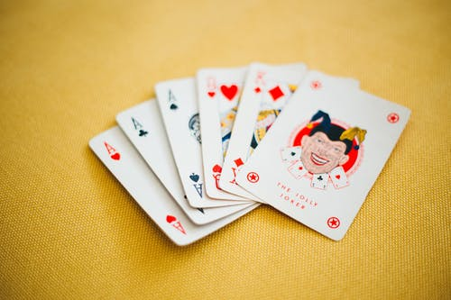 Grounds that you should take in your consideration before choosing an online Casino website