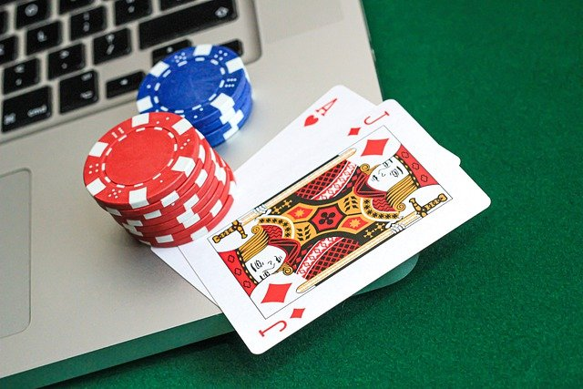 Which Exactly Are Your Perks Of Playing Online Gambling Games?